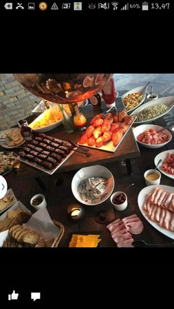 Cafe Kitchenette : Brunch buffet