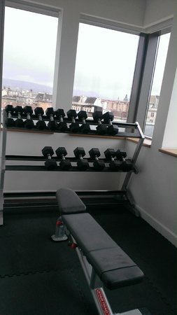 Courtyard Budapest City Center: Fitness room