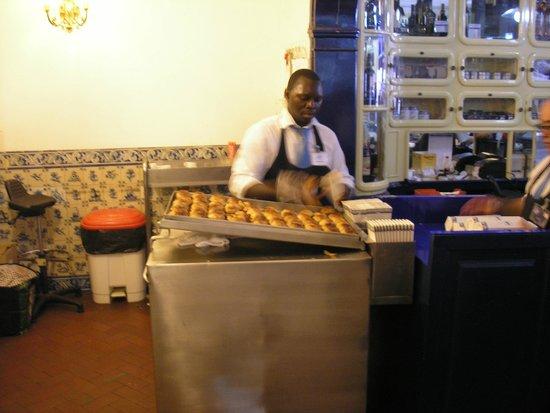 Pasteis de Belem : NO PARAN DE SERVIR