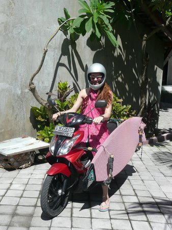 EP's Bali Surf: go surfing!