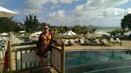 Zilwa Attitude: pool area