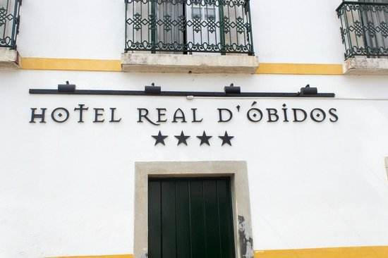 Hotel Real D'Obidos: Front side