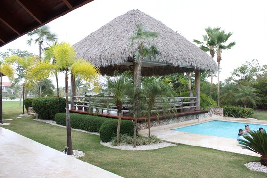 Cap Cana Oasis : Beautiful Pool Gazebo