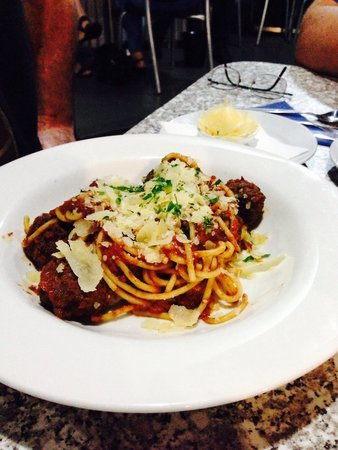 Goody's on the Beach: Spagetti Andean balls