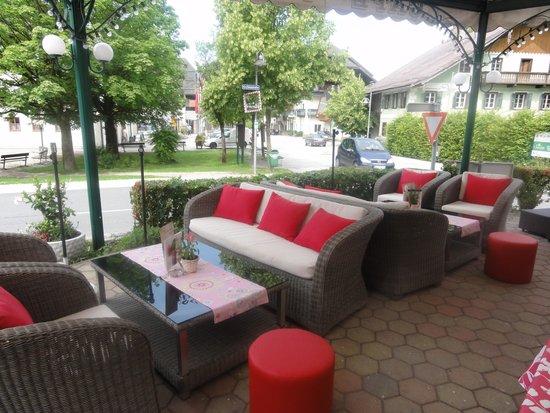 Cafe-Restaurant Flora: Chill zone