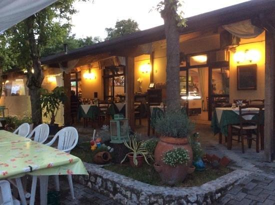 Bello l 39 esterno picture of ristorante pizzeria garden for L esterno di un ristorante