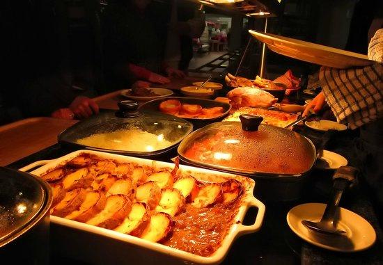 Hatties Restaurant : Hotplate specials changed daily