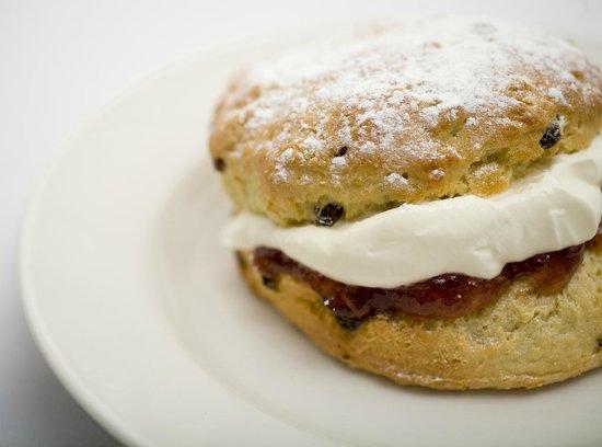 Hatties Restaurant : Homemade scones, 7 days a week