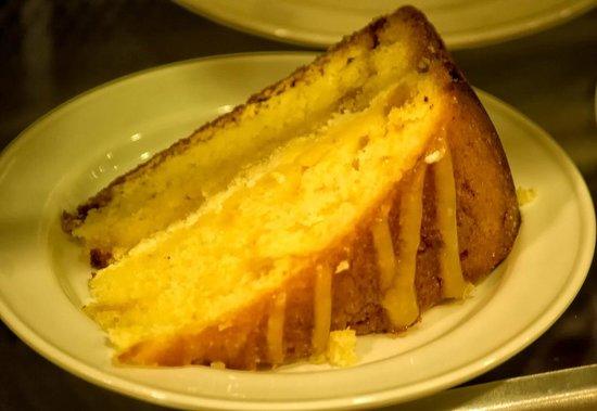 Hatties Restaurant : Cake