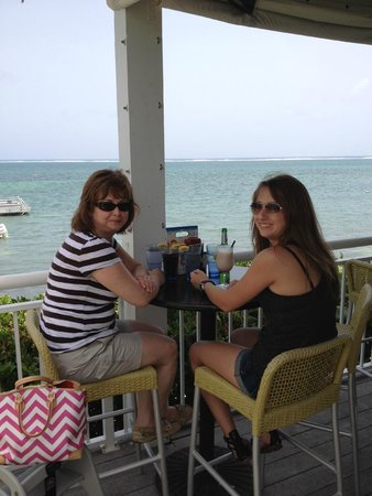 Eagle Ray's Bar & Grill: Can't beat the view