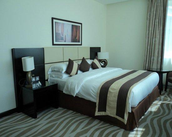 Cristal Hotel Abu Dhabi: Quartz Suite