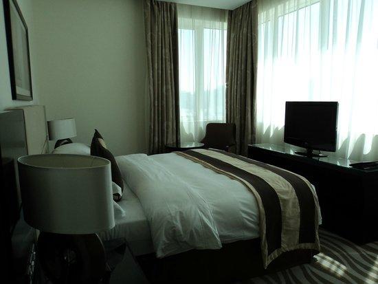 Cristal Hotel Abu Dhabi : Quartz Suite