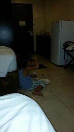 Alpa City Suites: My friends daughter very happy