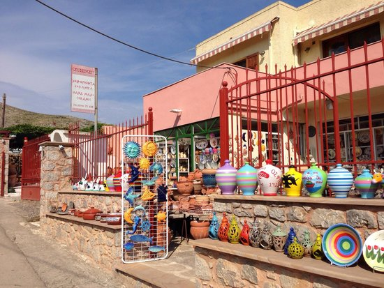 Xrysa Margounaki: This is the place ! Unique hand-made pottery and ceramics!