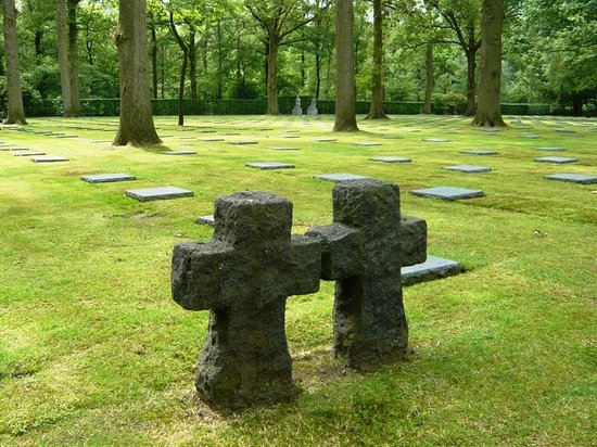 Vladslo German War Cemetery : General view of the cemetery
