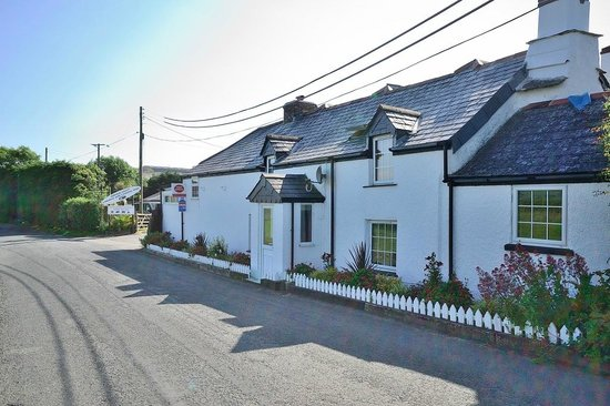 Cornish Coasts Caravan and Camping Park: Our 13th Century Cottage