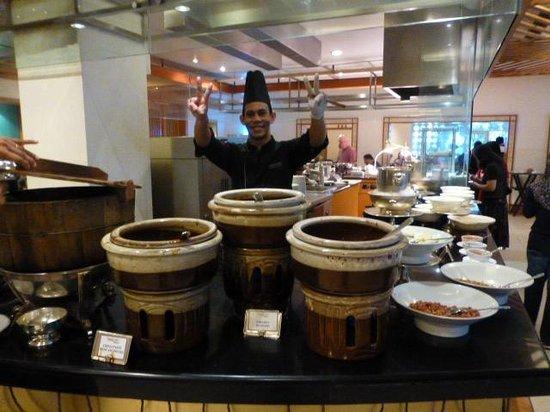 Hotel Istana: Nasi Lemak section 20/6/14
