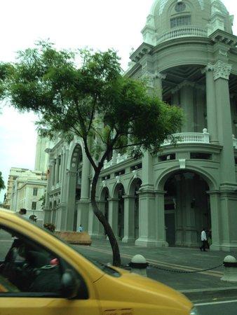 Hotel Oro Verde Guayaquil: Beeindruckende Gebäude
