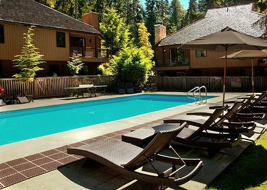 Alta Crystal Resort at Mount Rainier: Our heated pool is open year-round (90 degrees in the winter)