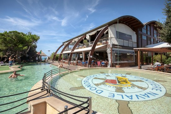 Canado Club Family Village: Piscine