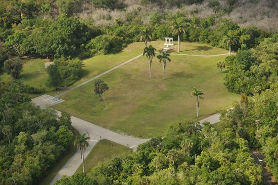 Collier Seminole State Park : Collier Monument Field