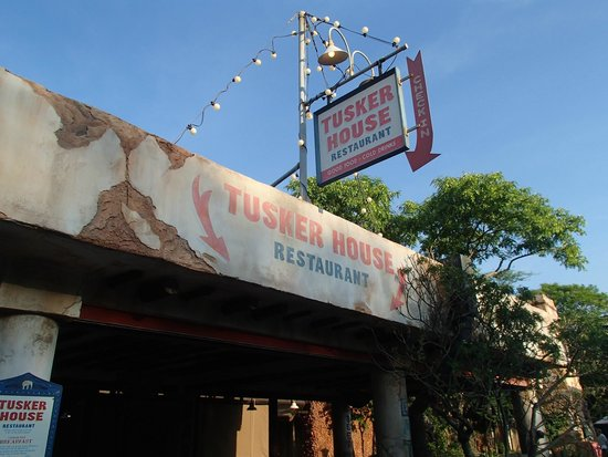 Tusker House Restaurant : Outside Tusker House