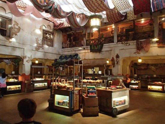 Tusker House Restaurant : The Buffet area