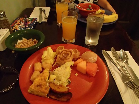 Tusker House Restaurant : Our Breakfast plate..be sure the try the Jungle Juice and Bobotie Frittata!