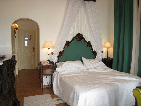Hotel Buca di Bacco: ベッド