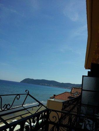 Residence Le Terrazze : auf dem Balkon