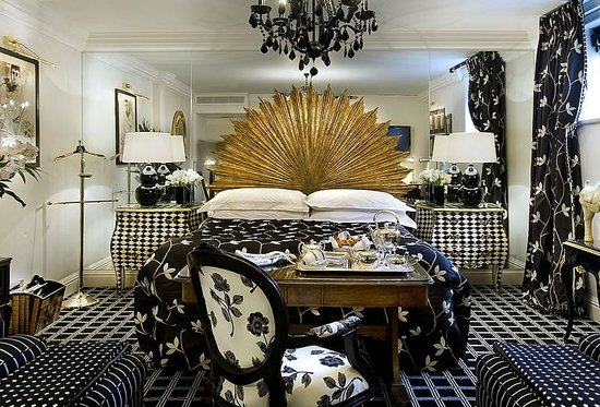 The Milestone Hotel : The Magnificent Harlequin Suite