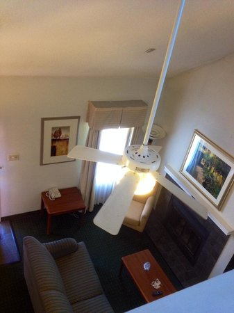 Hawthorn Suites By Wyndham Fishkill/Poughkeepsie Area: Penthouse Queen View