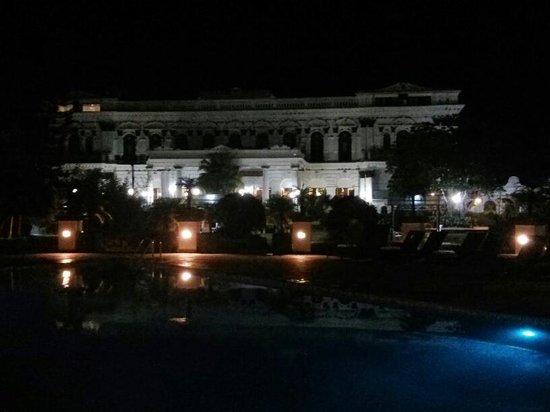 Hotel Shanker: Vista noturna