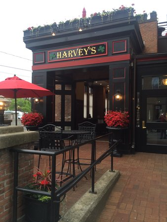 Harvey's Restaurant and Bar