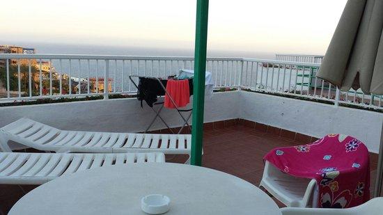 Hotel Altamar: Large balcony