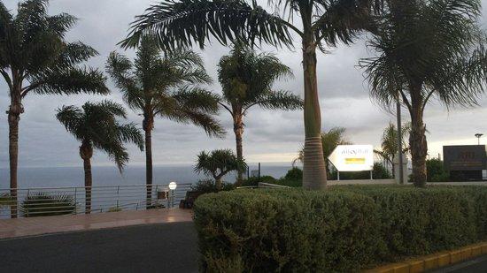 Hotel Altamar: Entrance to Altamar Hotel