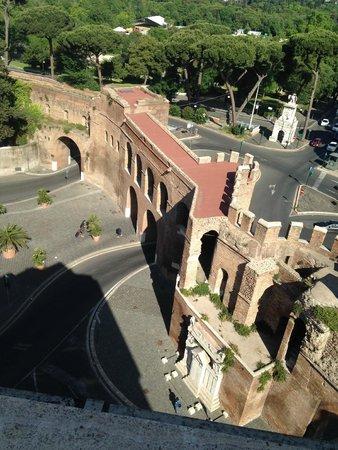 Rome Marriott Grand Hotel Flora: Vista desde la Terraza de Desayuno 1