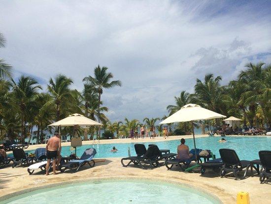 Viva Wyndham Dominicus Palace: The beach
