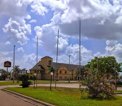 Best Western Port Lavaca Inn: Outside of hotel