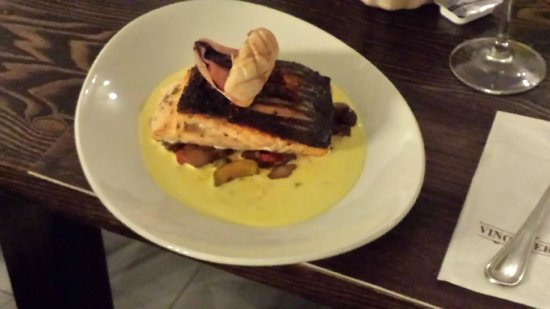 Vino Veritas : Perfectly Cooked Charred Salmon