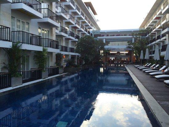 The Jimbaran View: Swimming pool.