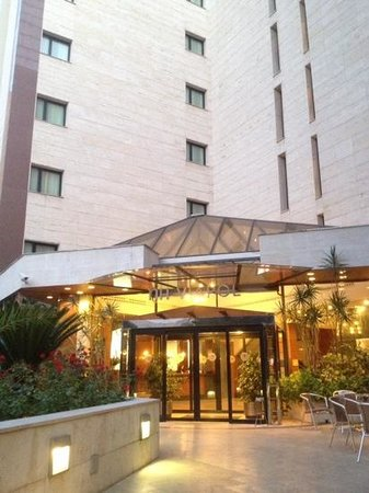 NH Sevilla Viapol: ingresso