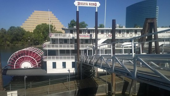 Delta King: View of boat
