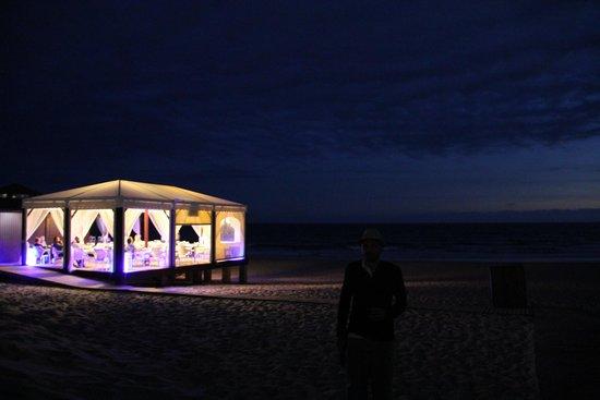 Iberostar Royal Andalus: el bar del hotel en la playa