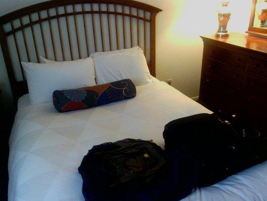 Coral Reef Inn & Suites : Bedroom