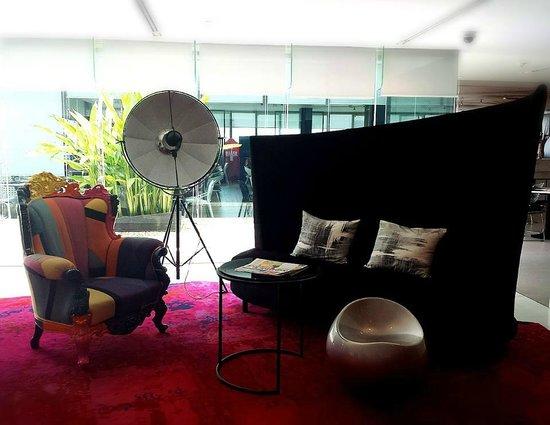 Centara Watergate Pavillion Hotel Bangkok: hotel lobby