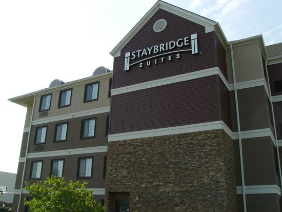 Staybridge Suites Hotel Tulsa - Woodland Hills: Staybridge Suites