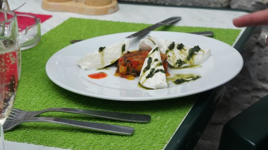 Aux Saveurs de Marsilly : ratatouille basilic mozarella