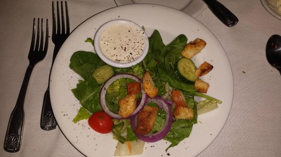 Billy's Tap Room & Grill: House Salad with Blue Cheese