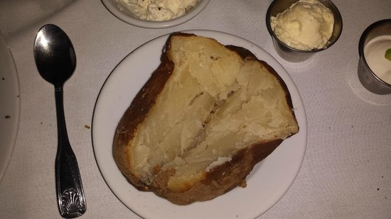 Billy's Tap Room & Grill : Baked Potato